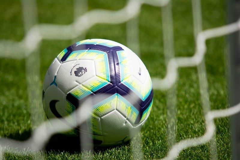 content-footballs-3597192-12801