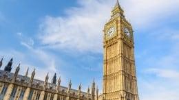 london og big ben foran parlamentet
