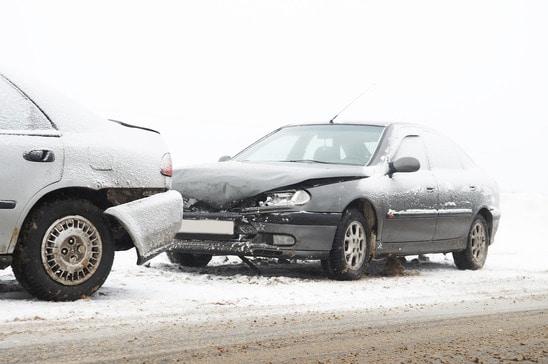 photodune-1306043-car-crash-accident-xs
