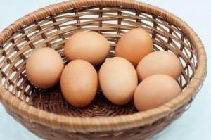 photodune-6289863-eggs-in-basket-xs