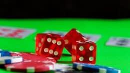 play-886343_1920